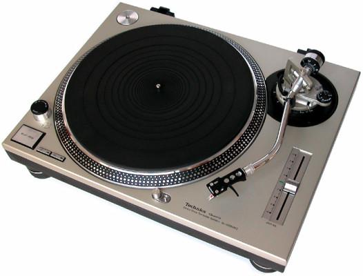 5 - Technics SL-1200